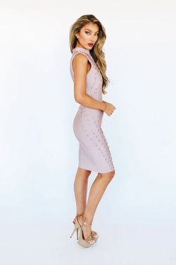 Style K5203 Wow Light Pink Size 10 Interview Cocktail Dress on Queenly