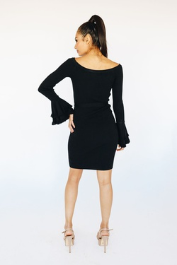 Style B3995 Wow Black Size 10 Belt Cocktail Dress on Queenly