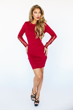Style K6072 Wow Red Size 6 Sorority Formal Tall Height Wedding Guest Cocktail Dress on Queenly