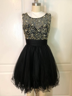 Queenly size 0  Black Cocktail evening gown/formal dress