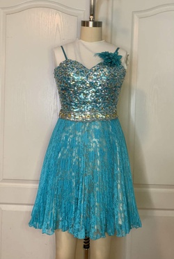 Queenly size 00  Blue Cocktail evening gown/formal dress