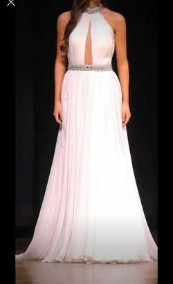 Queenly size 6 Ashley Lauren White A-line evening gown/formal dress