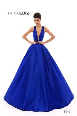 Queenly size 6 Tarik Ediz Blue Ball gown evening gown/formal dress