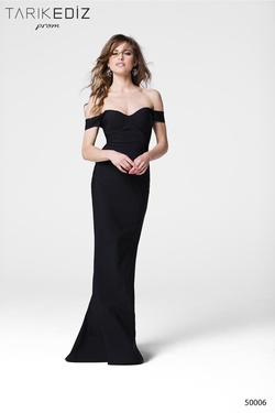 Style 50006 Tarik Ediz Black Size 6 Straight Dress on Queenly