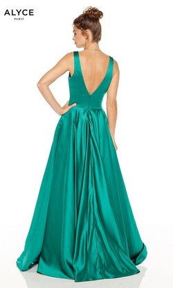 Style 60707 Alyce Paris Green Size 0 Backless Prom A-line Dress on Queenly