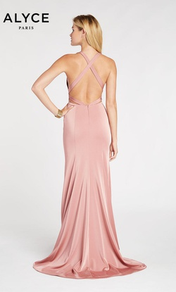 Style 60281 Alyce Paris Light Pink Size 8 Prom Mermaid Dress on Queenly