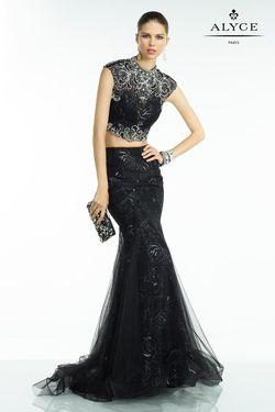 Queenly size 10 Alyce Paris Black Mermaid evening gown/formal dress