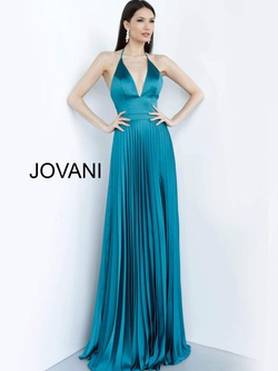 Style 03470 Jovani Green Size 0 Prom Straight Dress on Queenly