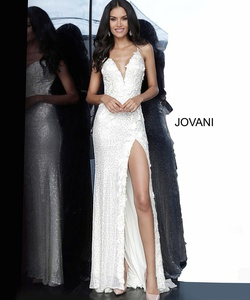 Queenly size 0 Jovani White Side slit evening gown/formal dress
