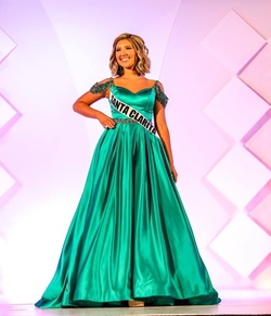 Queenly size 2 Sherri Hill Green Ball gown evening gown/formal dress