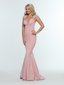 Queenly size 4 Zoey Grey Pink Mermaid evening gown/formal dress