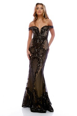 Queenly size 4 Zoey Grey Black Mermaid evening gown/formal dress