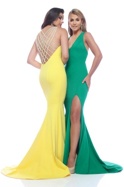 Queenly size 0 Zoey Grey Yellow Side slit evening gown/formal dress