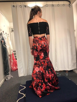 Blondie Nites Red Size 2 Two Piece Mermaid Dress on Queenly