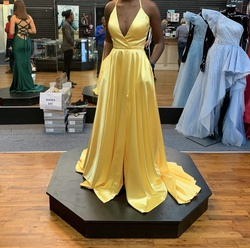 Sherri Hill Yellow Size 00 Backless Pockets Prom Side slit Dress on Queenly
