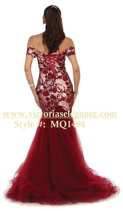 May Queen Red Size 10 Burgundy Fitted Mermaid Dress on Queenly