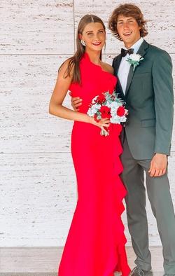 Queenly size 6 Tarik Ediz Red Straight evening gown/formal dress