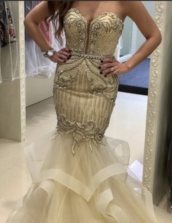 Jovani Nude Size 4 Flare Sweetheart Mermaid Dress on Queenly
