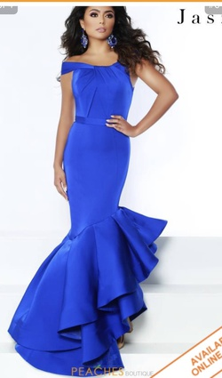 Queenly size 0 Jasz Couture Blue Mermaid evening gown/formal dress
