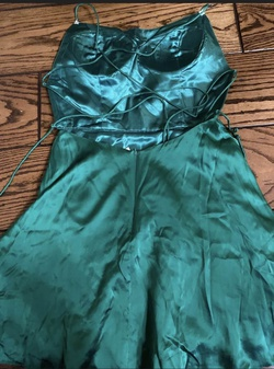 Sherri Hill Green Size 8 Interview Cocktail Dress on Queenly