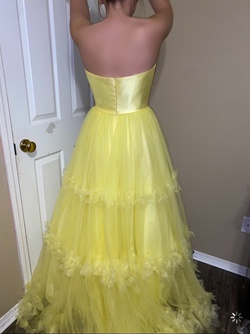 Sherri Hill Yellow Size 4 Prom Ball gown on Queenly