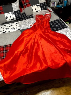 Style nan Red Size 8 Mermaid Dress on Queenly