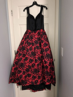 Sherri Hill Multicolor Size 6 Tulle Floral Ball gown on Queenly