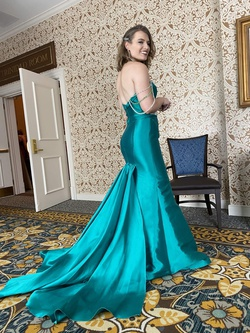 Jovani Green Size 4 Custom Mermaid Dress on Queenly