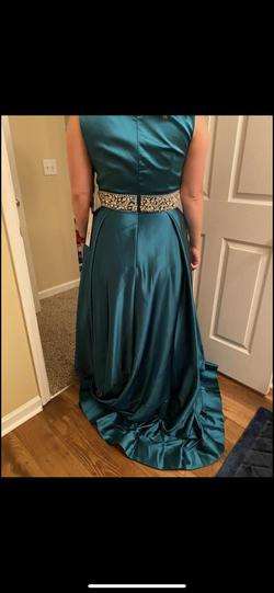 Style 26063 Mac Duggal Blue Size 14 Straight Dress on Queenly