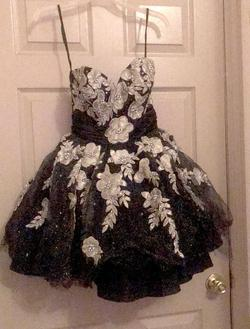 Queenly size 6 Terani Couture Black Mermaid evening gown/formal dress