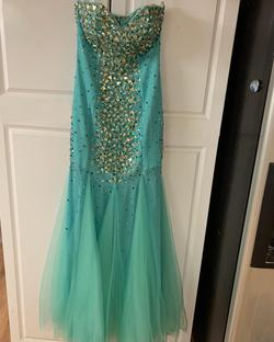 Green Size 4 Mermaid Dress on Queenly