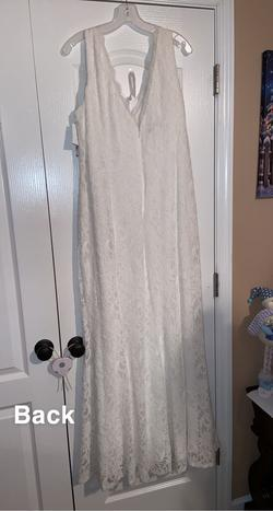 White Size 22 Straight Dress on Queenly