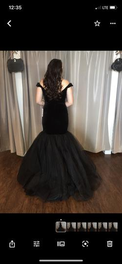 Sherri Hill Black Size 8 Tulle Tall Height Mermaid Dress on Queenly