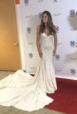 Queenly size 4 Mac Duggal White Mermaid evening gown/formal dress