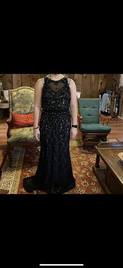 Black Size 10 Straight Dress on Queenly