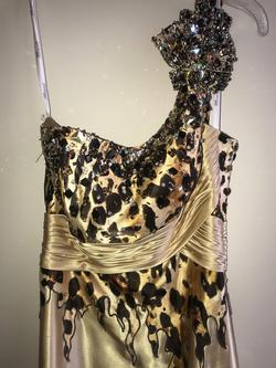 Tony Bowls Gold Size 4 Pattern Prom Side slit Dress on Queenly