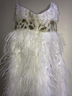 Vienna White Size 4 Fun Fashion Strapless Nightclub Cocktail Dress on Queenly