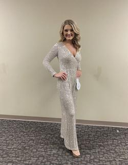 White Size 2 Jumpsuit Dress on Queenly