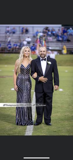 Splash Black Size 2 Prom Mermaid Dress on Queenly