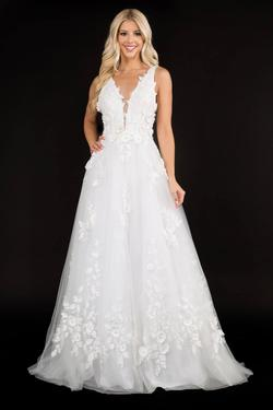 Style 1495 Nina Canacci White Size 8 Backless Tall Height Lace A-line Dress on Queenly