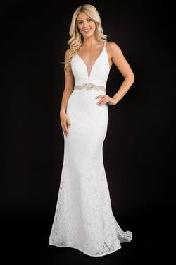 Style 2299 Nina Canacci White Size 4 Belt Tall Height Lace Mermaid Dress on Queenly