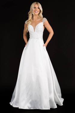 Style 2300 Nina Canacci White Size 18 Sweetheart Tall Height Lace A-line Dress on Queenly