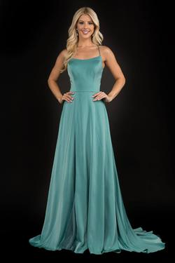 Queenly size 8 Nina Canacci Green Side slit evening gown/formal dress