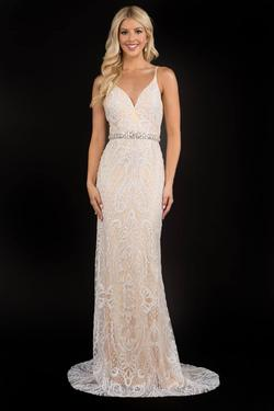 Style 8194 Nina Canacci Nude Size 6 White Pattern Straight Dress on Queenly