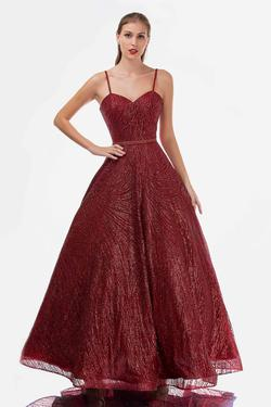 Style 1492 Nina Canacci Red Size 10 Sweetheart Tall Height Ball gown on Queenly