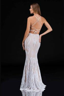Style 2242 Nina Canacci White Size 0 Nude Corset Tall Height Mermaid Dress on Queenly
