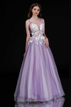 Queenly size 6 Nina Canacci Purple Ball gown evening gown/formal dress