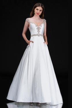 Style 2265 Nina Canacci White Size 12 Prom Tall Height Ball gown on Queenly