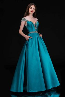 Style 2265 Nina Canacci Green Size 14 Plus Size Tall Height Ball gown on Queenly