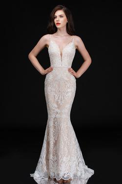 Queenly size 12 Nina Canacci White Mermaid evening gown/formal dress